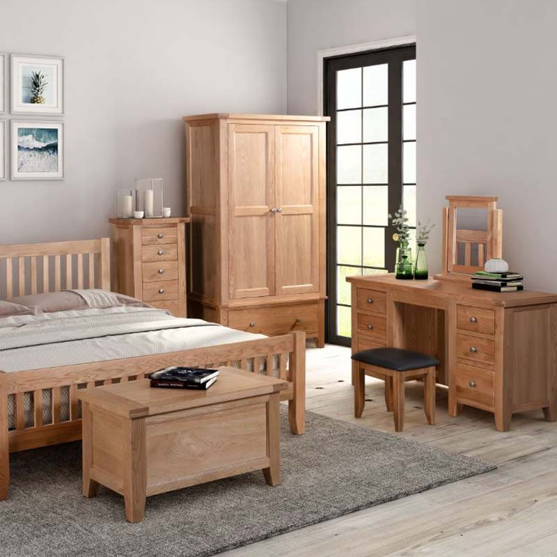 The Light Oak Dressing Table Mirror Is, Dressing Room Mirror With Light Furniture